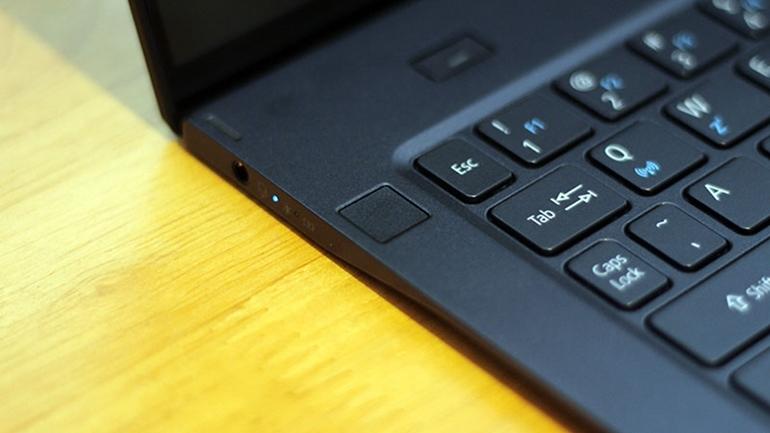 jack 3.5mm laptop acer swift 7