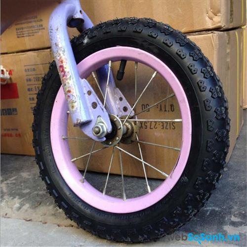 Nên chọn loại xe đạp có bánh bơm hơi