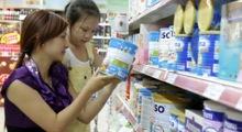 Hé lộ nguyên nhân vì sao giá sữa trong nước vẫn không chịu giảm