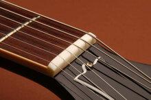 Đàn guitar bị rè: Nguyên nhân và cách khắc phục