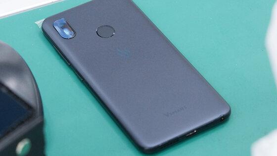 Đánh giá 4 mẫu điện thoại Vsmart: Camera, Pin, Cấu hình, Màn hình, Giá