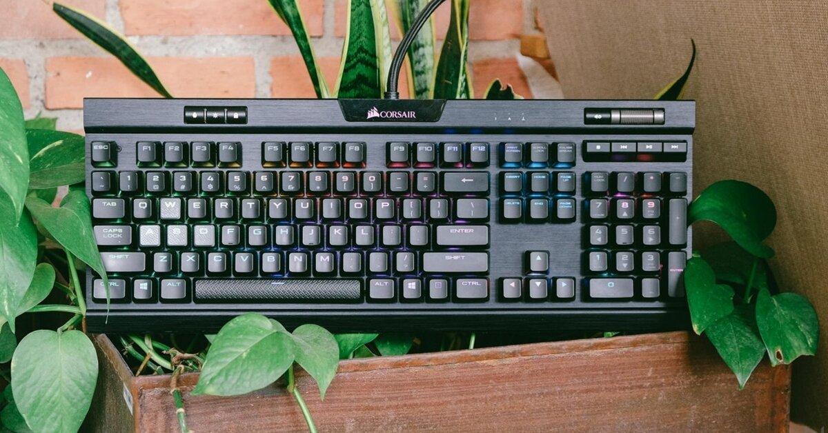 Đánh giá bàn phím cơ Corsair K70 RGB MK.2: Tốt gỗ hơn tốt nước sơn