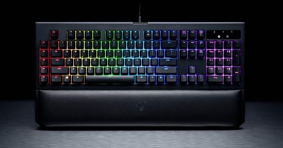 Đánh giá bàn phím cơ Razer Blackwidow Chroma v2