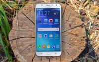 Đánh giá điện thoại thông minh tầm trung Galaxy J7 của Samsung