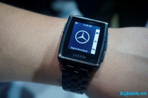 Đánh giá đồng hồ thông minh Pebble Steel