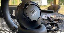 Đánh giá JBL Club One: Sony WF-1000XM3 và Bose 700 lo lắng dần đi là vừa