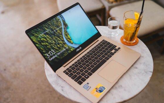 Đánh giá laptop Asus Zenbook UX430 có tốt không, giá bao nhiêu?