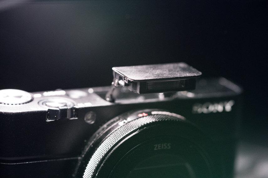 Đánh giá máy ảnh du lich cao cấp Sony Cybershot DSC-RX100