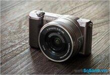 Đánh giá máy ảnh không gương lật Sony A5100