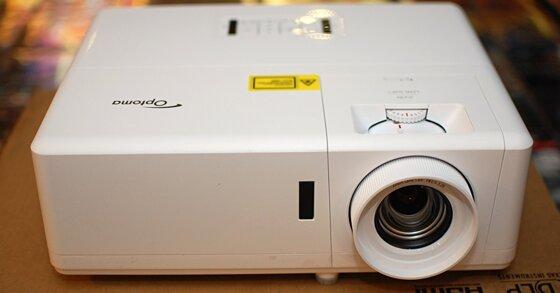 Đánh giá máy chiếu 4K Optoma HZ39HDR