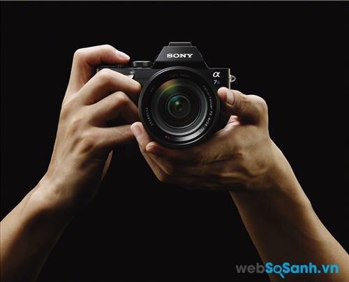 Đánh giá nhanh máy ảnh Sony A7S