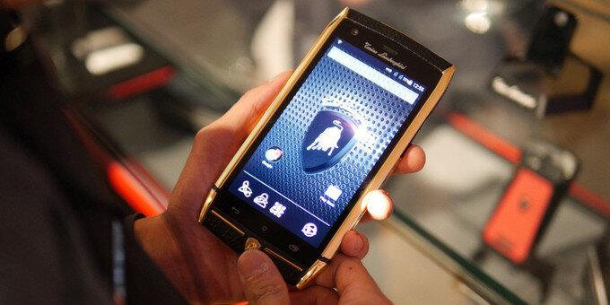 Đánh giá nhanh smartphone siêu sang Tonino Lamborghini 88 Tauri giá 130 triệu đồng