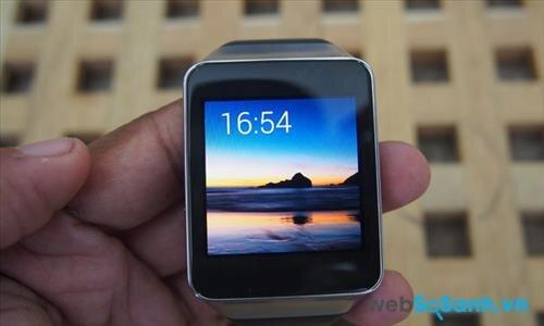 Đánh giá smartwatch Samsung Gear Live: màn hình sắc nét, thời lượng pin thấp
