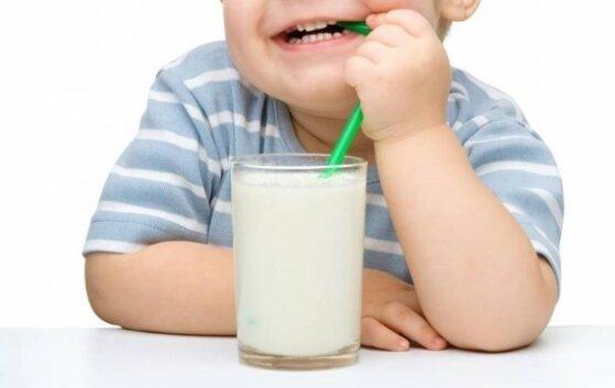 Đánh giá sữa Frisolac Gold 2 có tốt không? 8 lý do nên mua cho bé