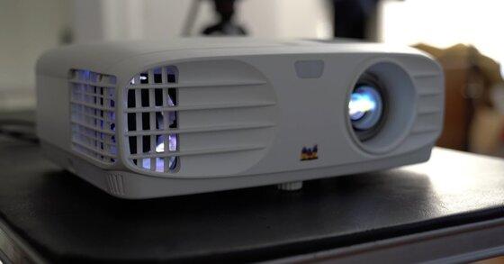 Đánh giá tổng quan máy chiếu Full HD Viewsonic PX700HD
