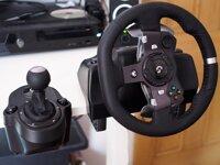 Đánh giá vô lăng Logitech G29 và Joystick Extreme 3D Pro loại nào tốt