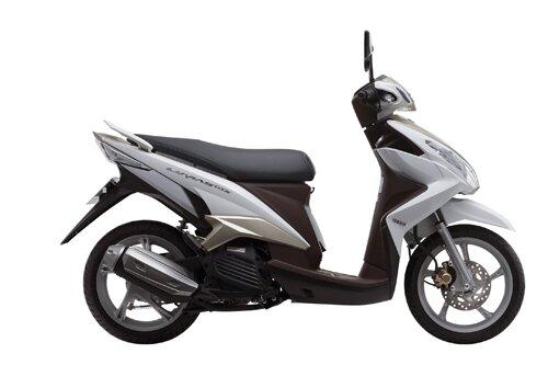 Đánh giá Yamaha Luvias 2015: mạnh mẽ, trang nhã