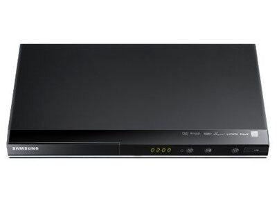Đầu đĩa Samsung DVD- D530: thiết kế hiện đại giá cả phải chăng