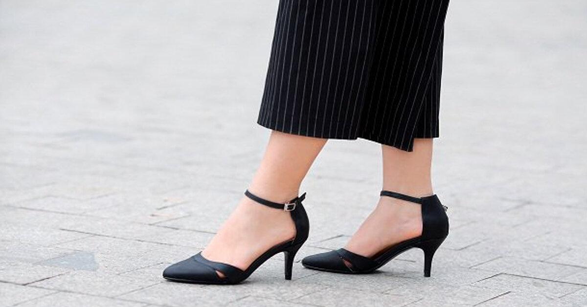 Đế vuông, cổ thấp, mũi nhọn là xu hướng giày được các cô nàng mê mẩn nhất mùa thu đông 2018 – 2019