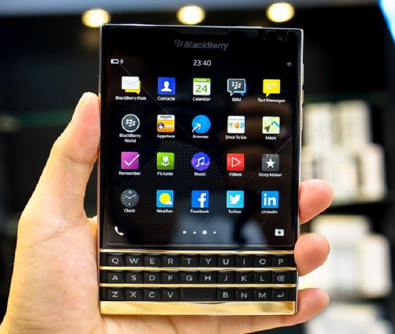 Điện thoại BlackBerry được sản xuất tại nước nào?