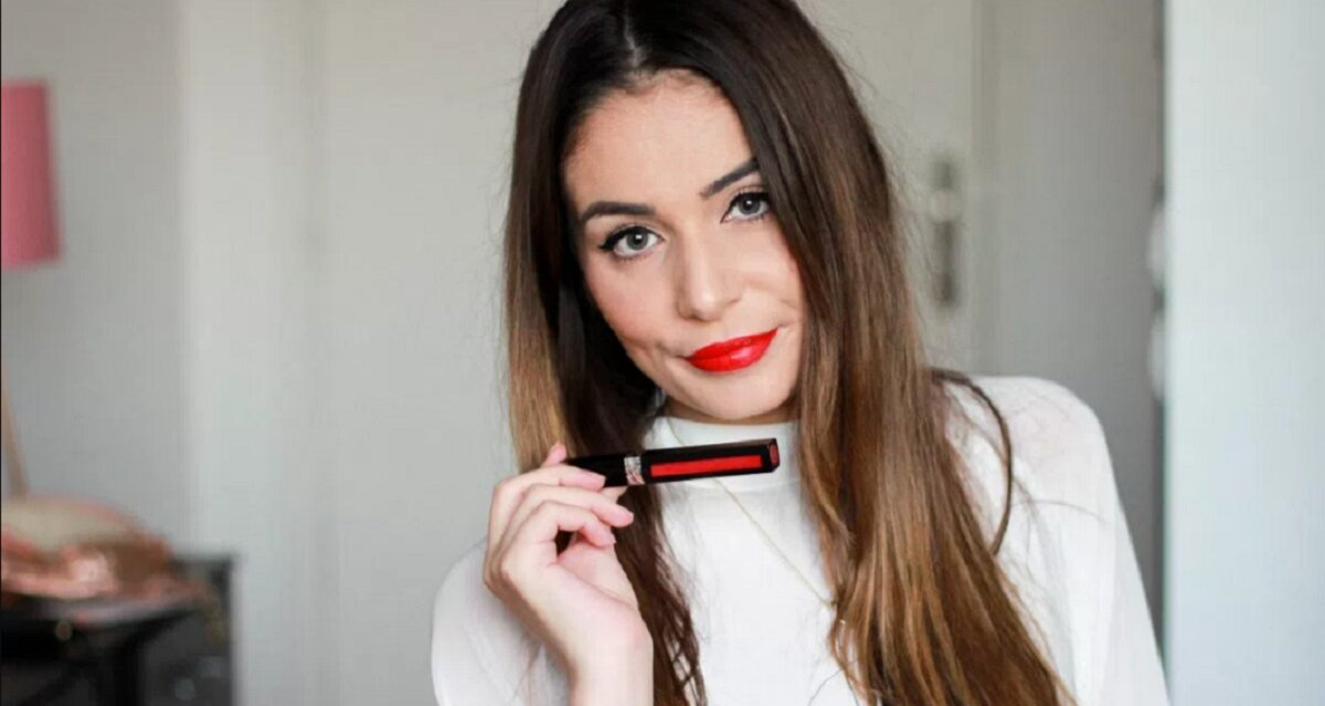 """Dior Liquid Matte 999 vs Smashbox Bawse – cây son kem lì nào sẽ là """"nữ hoàng sắc đỏ""""?"""