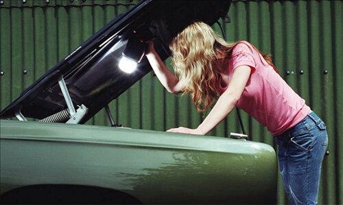 Dụng cụ không thể thiếu trên xe hơi