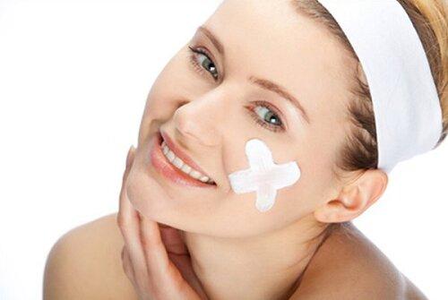 Dùng kem đánh răng chữa mụn bọc có hiệu quả hay không?