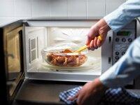 Dùng lò vi sóng hâm chín đồ ăn như thế nào tốt nhất?