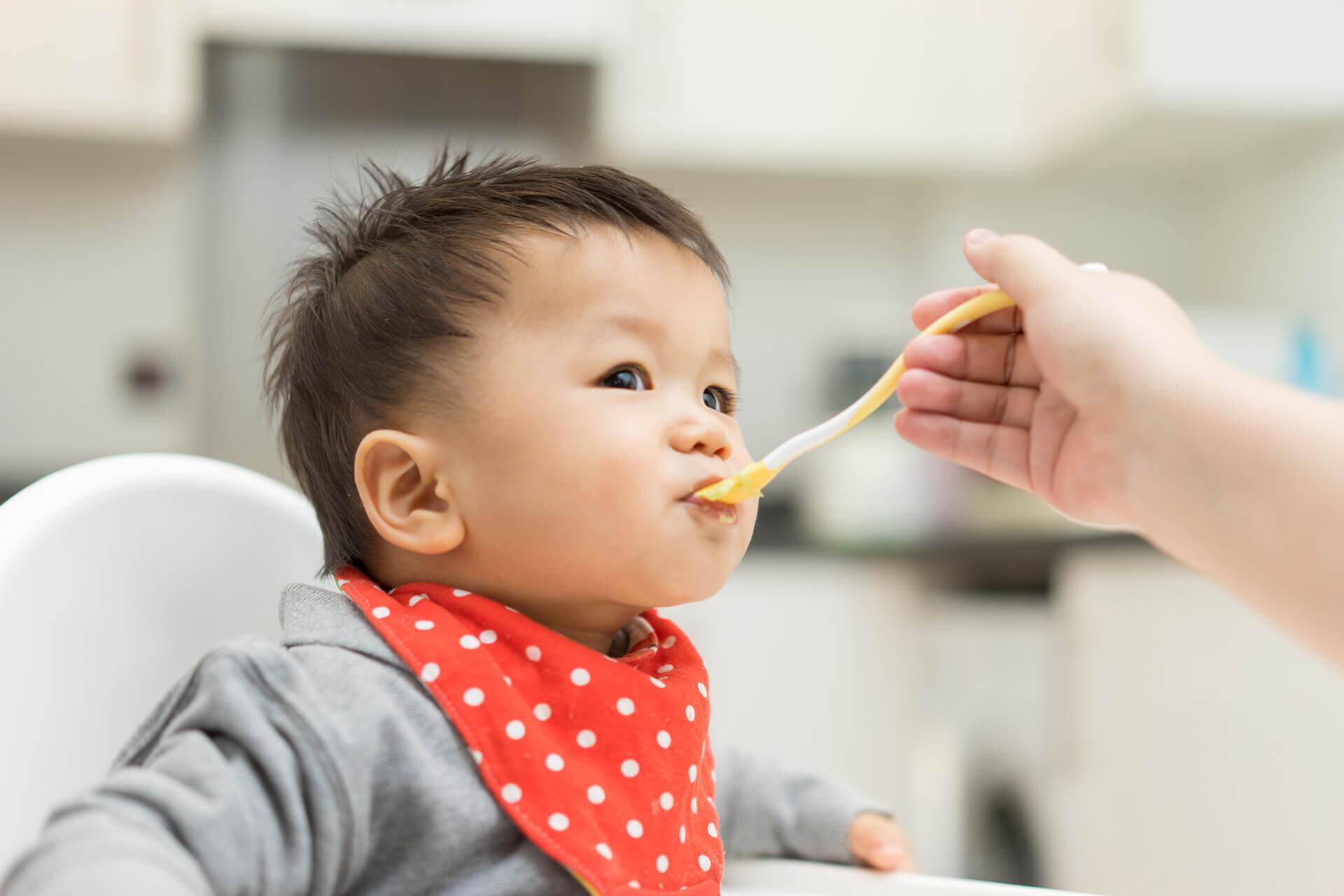 Bột ăn dặm loại nào tốt nhất cho con trong giai đoạn ăn dặm?