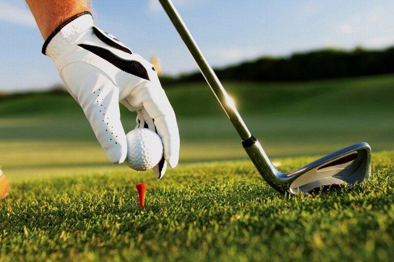 Việc lựa chọn bóng golf gây rất nhiều khó khăn cho các golfer