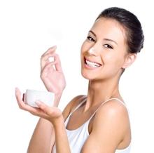 Những thành phần mỹ phẩm nên và không nên lựa chọn cho da nhạy cảm