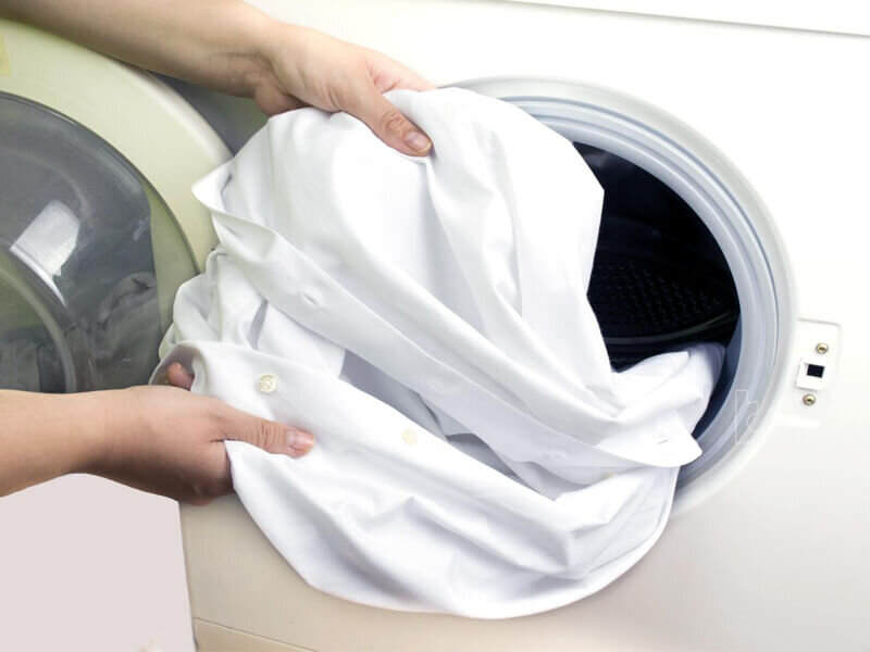Bột giặt Lix cho áo quần trắng sáng