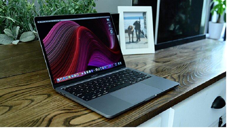Macbook pro 13 inch-1