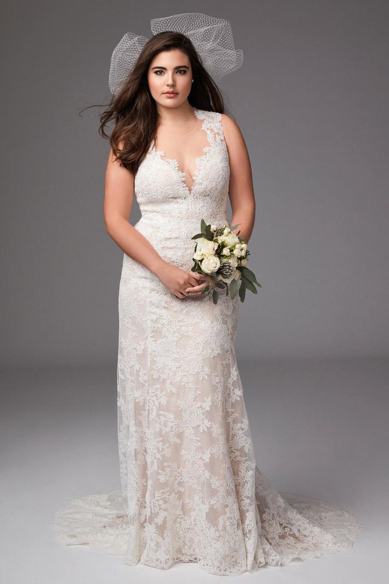"""Chọn váy cưới cho cô dâu béo"""" không hẳn là khó nếu bạn biết tiết chế chi tiết"""