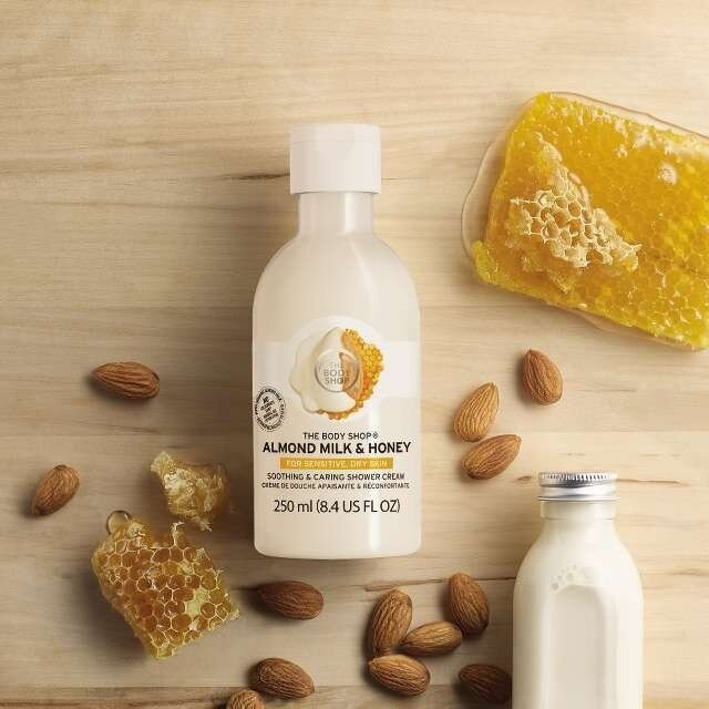 Almond Milk & Honey Soothing & Caring Shower