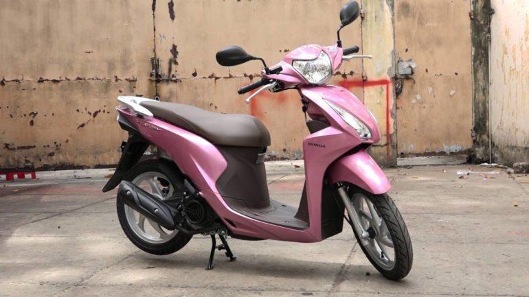 Honda Vision màu hồng