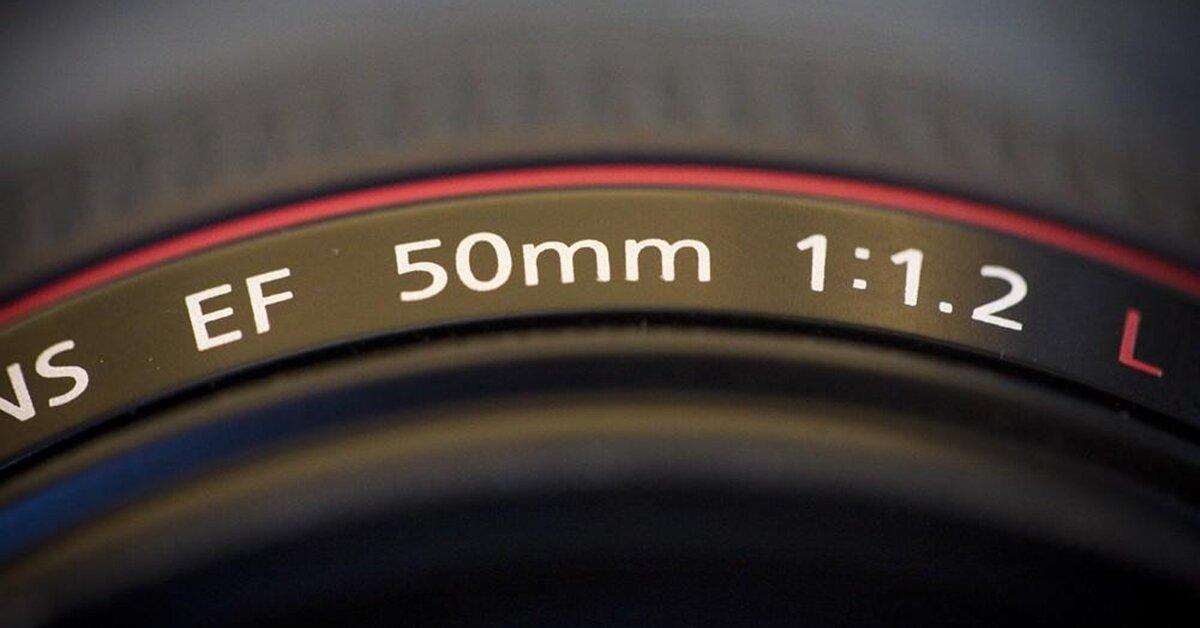 Giá ống kính máy ảnh đắt hay rẻ phụ thuộc vào những yếu tố này