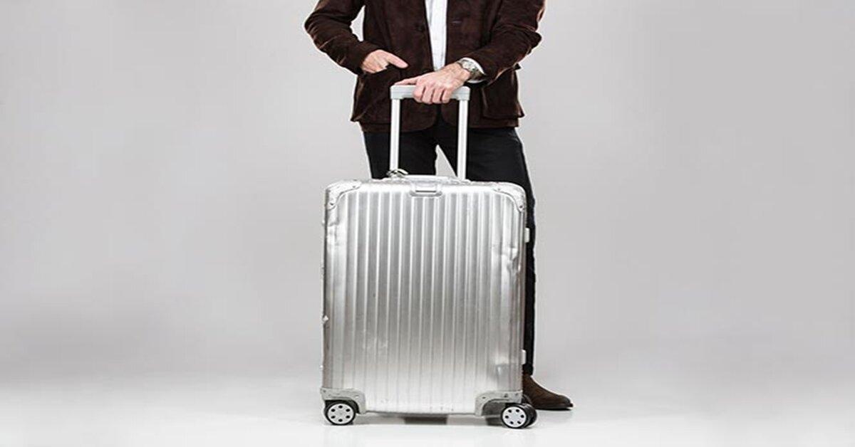 Giá vali nhôm Rimowa bao nhiêu tiền ?