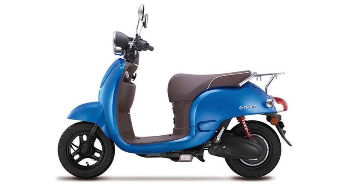 Giá xe máy điện Vespa bao nhiêu tiền năm 2018