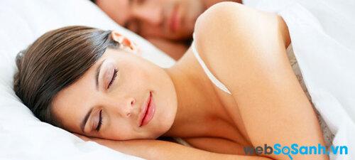 Giấc ngủ liên quan đến sức khỏe bằng cách nào?