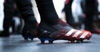 Giày bóng đá Predator Adidas loại nào tốt nhất?