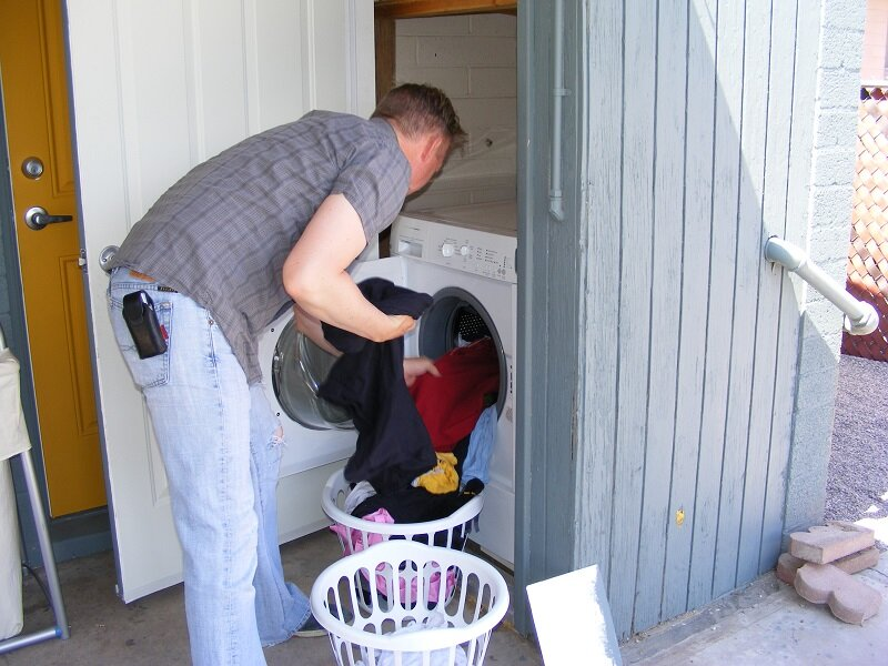 Khối lượng quần áo phù hợp với trọng tải của máy giặt
