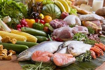 Giúp người tiêu dùng đề phòng ngộ độc thực phẩm mùa hè