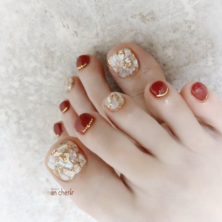 sơn móng chân