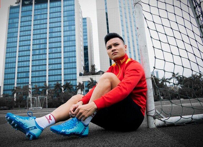Giày bóng đá trẻ em đinh cao Kamito Quang Hải QH19
