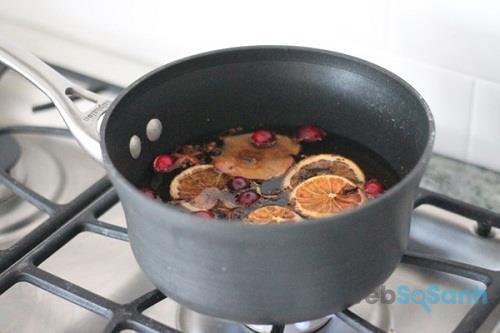 cách làm tinh dầu thơm tại nhà an toàn bằng chanh