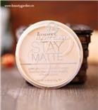 Phấn phủ kiềm dầu suốt 5h mà vẫn cho lớp Make-Up hoàn hảo Stay Matte Long Lasting Pressed Powder.