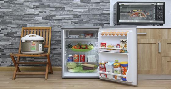 Sinh viên cần mua tủ lạnh 90 lit nào giá rẻ và chất lượng nhất hiện nay ?