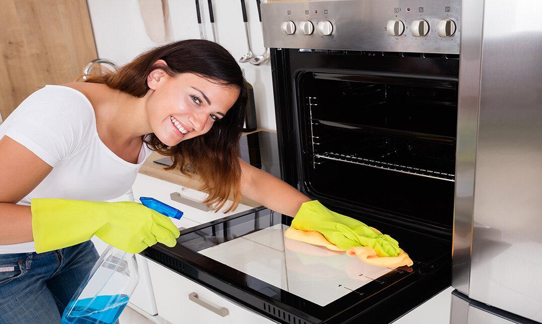 Cách vệ sinh lò nướng đúng