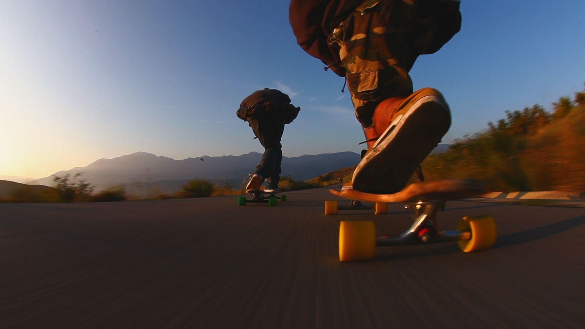 Hình dạng ảnh hưởng như thế nào đến ván trượt?